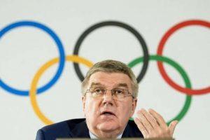 Президент МОК Бах согласился перенести Олимпиаду в Токио на 2021 год